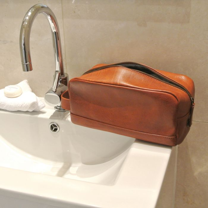 Swipen voor 2 additionele foto s. Related Products. 1   2. 1  2. Previous   Next. Langdale Wash Bag 647e4d9616